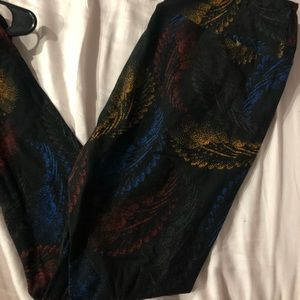Lularoe feather tall and curvy